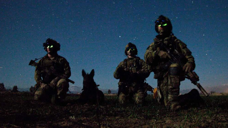 army rangers and war dog.jpg
